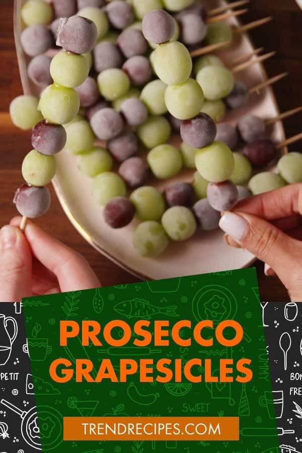 Prosecco-Grapesicles
